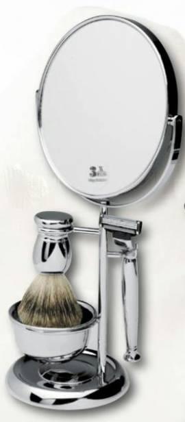 Rasierstation mit Rasierspiegel,  mit feinem Dachshaar und Gillette-Mach3-Rasierer - Bild vergrößern